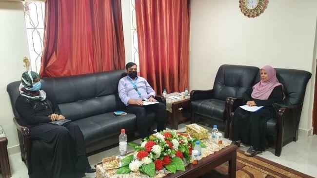مدير عام الجهاز المركزي للإحصاء تلتقي بمنسق اليونيسيف في عدن